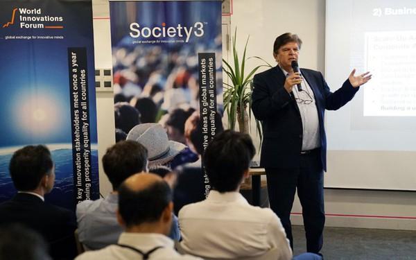 Tỷ phú Thụy Sỹ khuyên startup Việt: Làm gì thì làm trước tiên phải giỏi ngoại ngữ