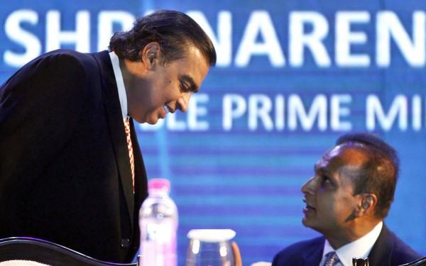 Tỷ phú giàu nhất Ấn Độ chi 70 triệu USD trả nợ giúp em trai thoát khỏi cảnh tù tội