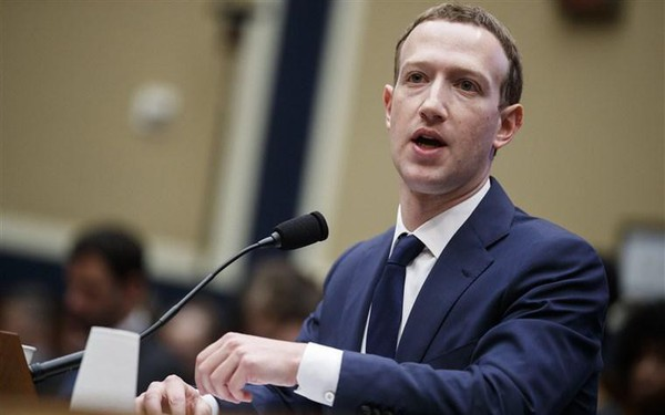 """Phải chăng Mark Zuckerberg đang mất dần """"tầm nhìn"""" cho tương lai Facebook?"""