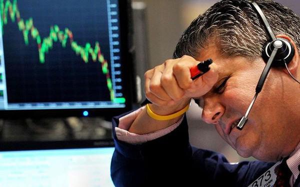 Mách nhỏ 7 cách giúp chúng ta vượt qua cơn hoảng loạn khi gặp áp lực đầu tư