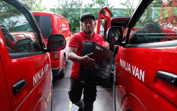 """Grab vừa """"bắn phát súng"""" cảnh báo Giao Hàng Nhanh, Viettel Post: Bắt tay với Ninja Van, nhắm vận chuyển toàn quốc, phục vụ hàng triệu người Việt bán hàng online"""
