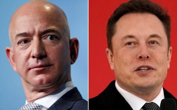 """Cuộc chiến trong không gian: """"Kẻ lập dị"""" Jeff Bezos đấu khẩu với """"Iron man"""" Elon Musk trên Twitter, cả 2 tỷ phú không ai kém ai về độ """"ngoa mồm"""""""