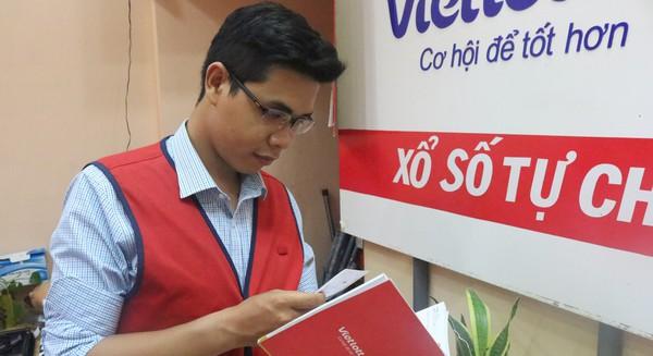 9X Sài Thành chia sẻ bí quyết tăng doanh thu đều đặn cho cửa hàng Vietlott: Ghi nhớ thông tin của từng khách hàng, biến khuyến mãi trở thành nghệ thuật, có khách chi tới 185 triệu cầu may
