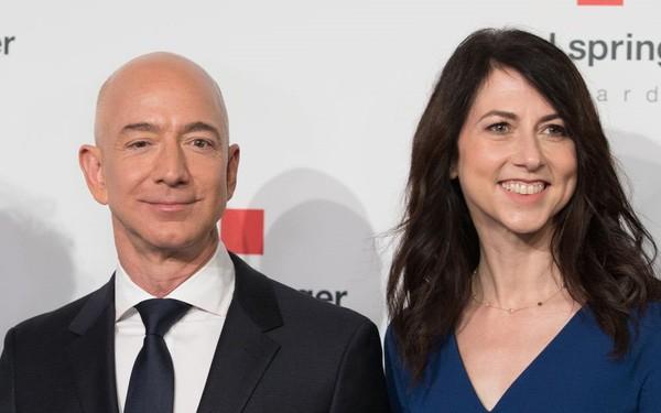 Nhận 37 tỷ USD sau ly hôn, vợ cũ ông chủ Amazon từ thiện một nửa