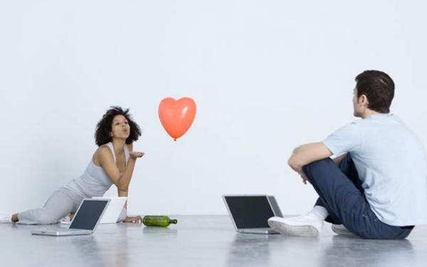 Nghiên cứu của ĐH Harvard: Người dùng ứng dụng hẹn hò trực tuyến như Tinder có nguy cơ rối loạn ăn uống cao gấp 16,2 lần, hẹn hò thôi mà sao khổ thế này?