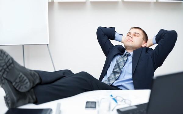 Nghịch lý lãnh đạo sau quyết định thay vị trí giám đốc bởi người lười biếng, dễ dãi dù sếp trước đó chăm chỉ và nghiêm khắc hơn
