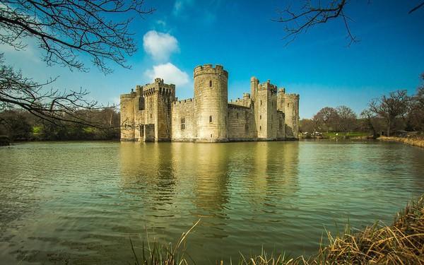 Nguyên nhân khiến nhà giàu thường mua biệt thự nhìn ra hồ hoặc biển: Sống ở đây hạnh phúc và sáng tạo hơn