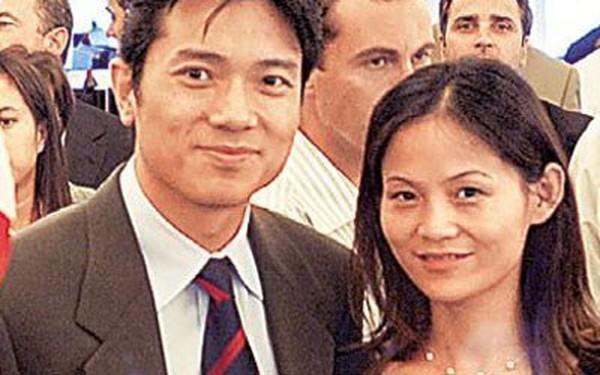 """Tào Tháo nói: """"Phàm chuyện đại sự, vợ bảo sao cứ làm ngược lại ắt sẽ thành công"""" nhưng CEO Baidu lại thành tỷ phú công nghệ nhờ """"vợ tôi bảo làm vậy""""!"""