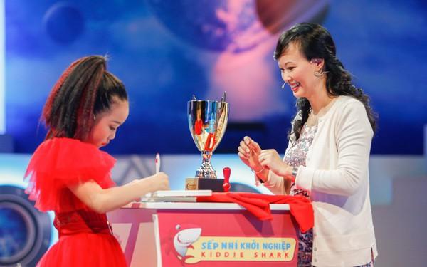 """Tuyên bố Hiphop Việt Nam """"không phải dạng vừa đâu"""", sếp nhí 10 tuổi thuyết phục thành công Shark Linh rót vốn vào dụ án mở studio dạy nhảy cho trẻ em"""