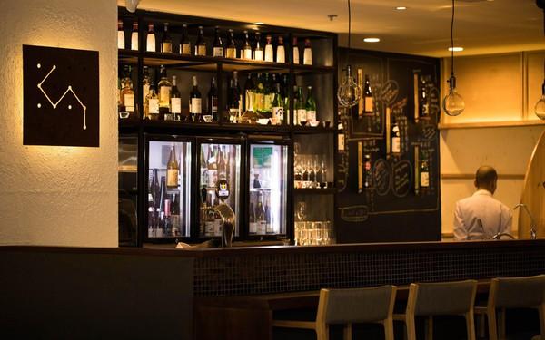 """""""Độ"""" quán rượu bình dân Nhật Bản - Mô hình kinh doanh nhà hàng """"độc lạ"""" của Kai Izakaya"""