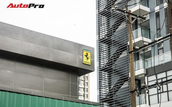 """Lộ diện đại lý của hãng siêu xe Ferrari đầu tiên tại Việt Nam – Ngay sát """"đối thủ"""" Lamborghini"""
