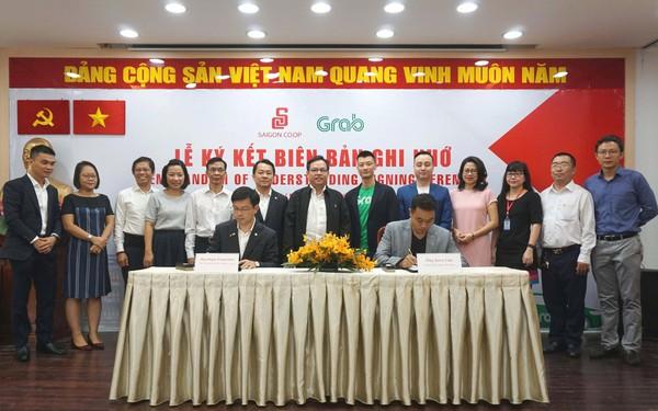"""Quyết tâm """"số hóa"""" của đại gia bán lẻ tiêu dùng số 1 Việt Nam: Sắp tới đi 800 siêu thị Co.op Mart, Co.op Food… sẽ thanh toán bằng Moca, vận chuyển bằng GrabExpress"""
