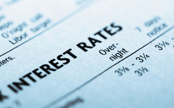 Ngân hàng nhà nước hạ lãi suất tác động ra sao đến nền kinh tế?