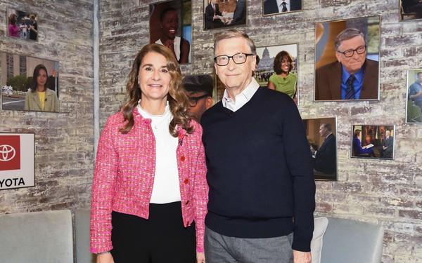 Vợ chồng tỷ phú Bill và Melinda Gates: Bất kể sinh ra ở đâu, cuộc đời sẽ 'nặng tay' hơn với bạn vì bạn là phái nữ!