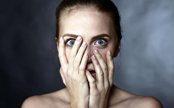 Những triệu chứng khiến bạn bủn rủn ngỡ mắc ung thư nhưng thực ra lại không nguy hiểm như thế