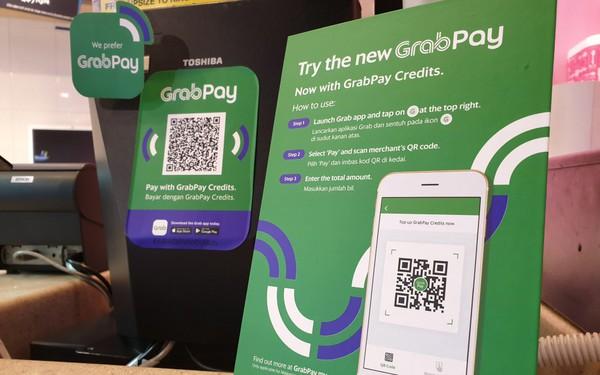 """Grab tung chức năng mới """"Tiêu trước, trả sau"""", cho phép khách hàng chi tiêu thoải mái đến cuối tháng mới phải trả tiền"""