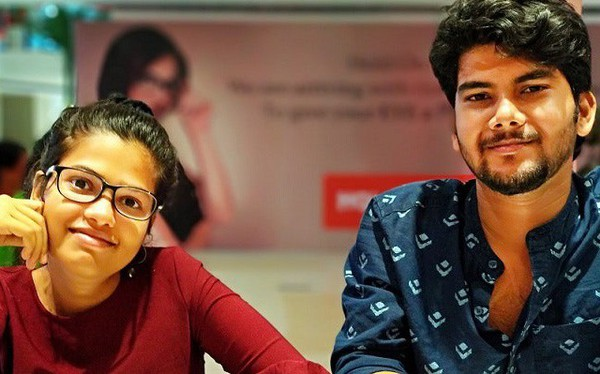Cặp đôi tay mơ Ấn Độ thu về gần 3 triệu USD sau 2 năm chỉ nhờ bán áo phông