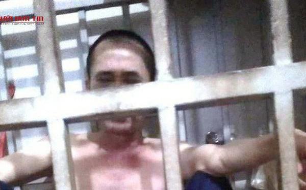 """Vụ người chồng ở Thanh Hóa tố bị vợ nhốt trong cũi sắt, Chủ tịch xã nói """"đầu căng như dây đàn"""""""