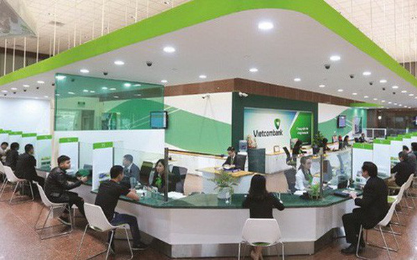 Lãi cao nhất hệ thống, nợ xấu giảm, thu nhập nhân viên Vietcombank tiếp tục tăng cao