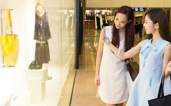Thế hệ Z Trung Quốc: Tiêu tiền không biết tiếc, hàng tháng nhận quà bằng tiền mặt của ông bà hai bên và không phải lo lắng về tương lai