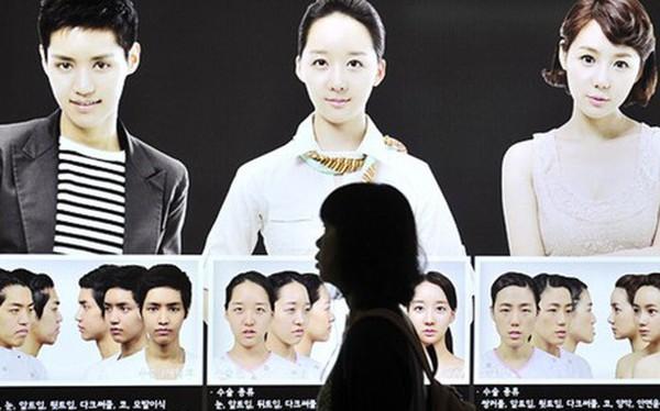 Phụ nữ Hàn Quốc thách thức chuẩn mực: Từ một đất nước ám ảnh nét đẹp hoàn hảo đến tự tin phô bày nhan sắc tự nhiên