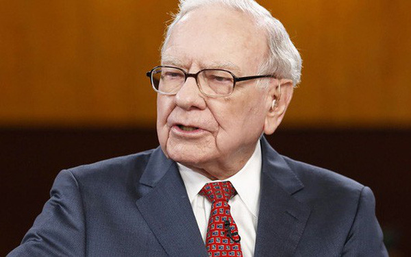 Warren Buffett làm gì khi cổ phiếu rớt giá?