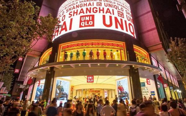 Uniqlo và các hàng bán lẻ đua nhau thu thập dữ liệu người tiêu dùng