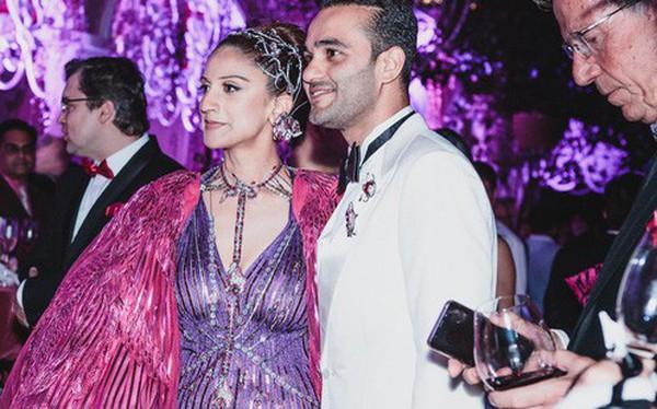 """Cặp đôi tỷ phú Ấn Độ lộng lẫy cùng các khách mời đại gia vào đêm tiệc """"Pink Party"""" đầu tiên ở Phú Quốc"""