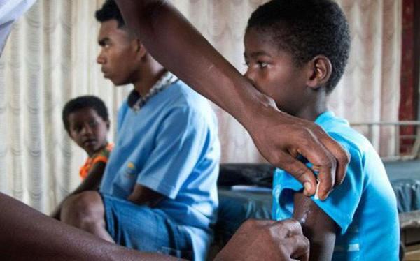 Gần 1.000 trẻ em ở Madagascar chết vì bệnh sởi, người dân không có đủ vắc-xin để tiêm