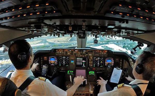 Giáo sư kinh tế học cho rằng Boeing 737 MAX nhiều công nghệ đến vậy chỉ là để... kiếm thêm nhiều tiền