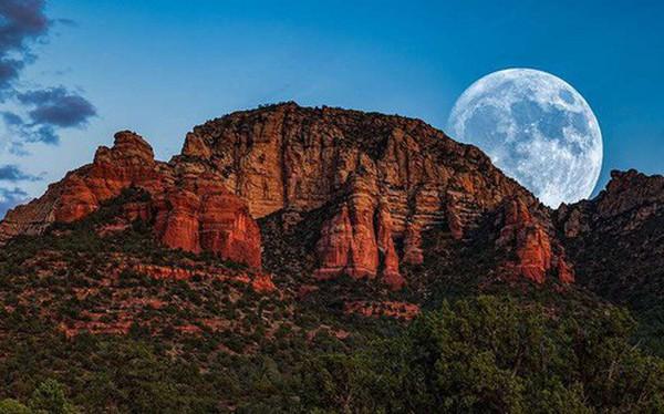 """""""Siêu trăng giun"""" - siêu trăng cực hiếm với cái tên kinh dị nhất sẽ diễn ra ngay tối nay"""