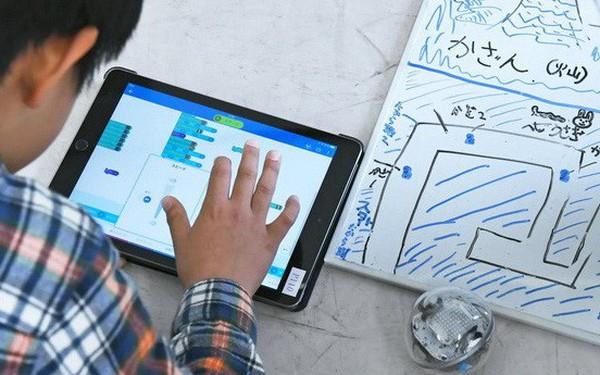 Từ năm 2020, học sinh các trường phổ thông Nhật sẽ bắt buộc phải học lập trình
