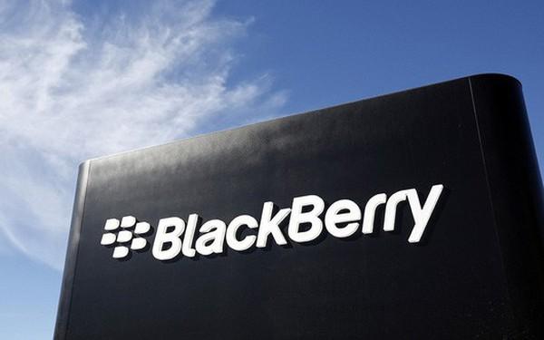"""BlackBerry """"ăn nên làm ra"""" kể từ khi dừng sản xuất smartphone"""