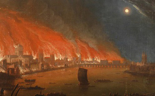 """4 công trình lịch sử tại châu Âu từng bị """"quỷ lửa"""" tấn công như Nhà thờ Đức Bà Paris"""