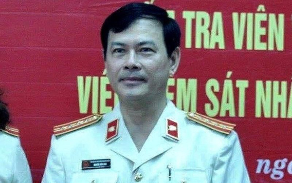 Khởi tố cựu viện phó Nguyễn Hữu Linh tội dâm ô