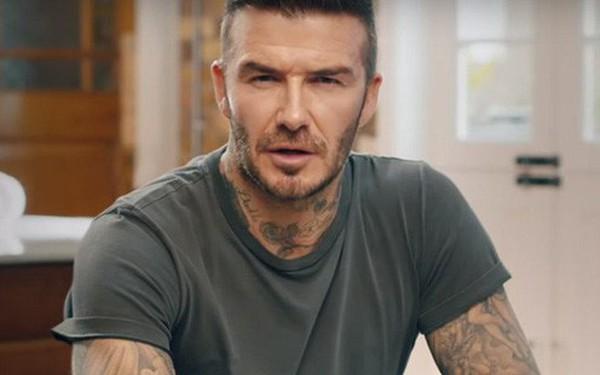 Ông Beckham giả này có thể nói 9 thứ tiếng nhưng điều đó lại khiến người xem hoảng sợ