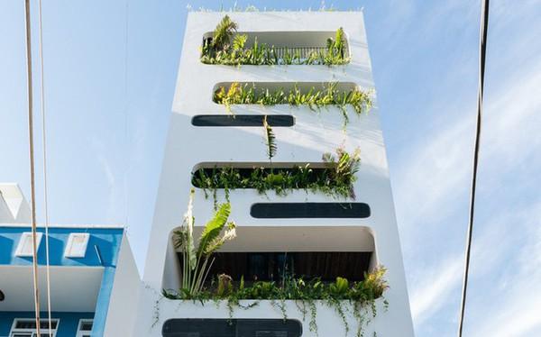 Ngôi nhà 7 tầng vừa ở vừa cho thuê với những khu vườn treo rất nên thơ ở Vũng Tàu