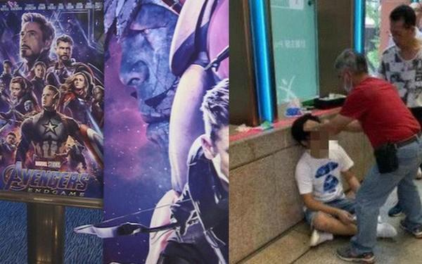 Thanh niên Hồng Kông bị đấm chảy máu đầu vì spoil Endgame ngay cổng rạp