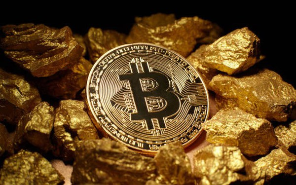 Giá Bitcoin tăng vọt