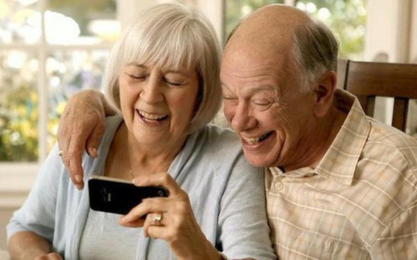 Thói quen sử dụng iPhone có thể phản ánh mức độ suy giảm nhận thức theo tuổi tác