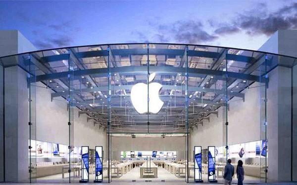 Từ cửa hàng biến thành nơi tụ tập giải trí, Apple Store bị khách hàng phàn nàn vì mua hàng quá khó khăn