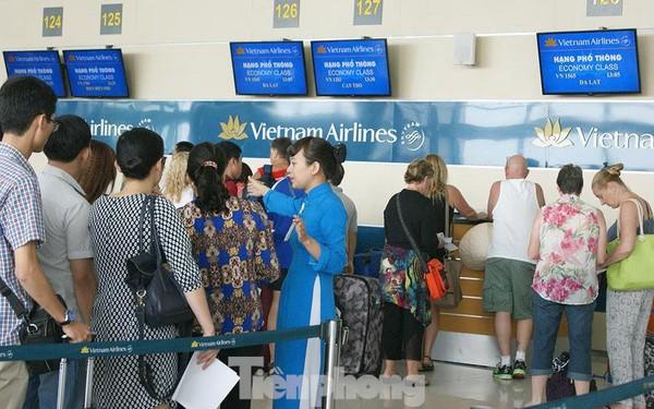 Bộ Giao thông chính thức áp khung giá vé máy bay nội địa