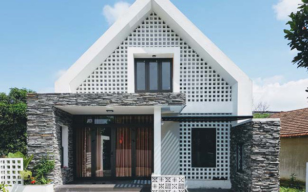 [Ảnh] Kiến trúc đẹp và sang trọng của nhà 1 tầng ở Đồng Hới