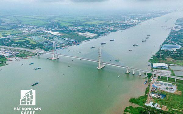 Toàn cảnh cây cầu dây văng dài nhất Vùng Đồng bằng Sông Cửu Long 5.700 tỷ đồng sẽ được thông xe ngày 19/5