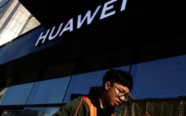 """Trung Quốc đáp trả việc Mỹ cấm Huawei: """"Đất nước này đã đứng vững được 5.000 năm nay, sao không thể tiếp tục thêm 5.000 năm nữa?"""""""