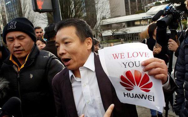 """Dùng iPhone tại Trung Quốc giờ đây là việc làm """"đáng xấu hổ"""""""