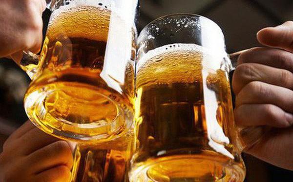 """Đại biểu Quốc hội: Luật phòng chống tác hại rượu bia có đang """"vẽ đường cho hươu chạy""""?"""
