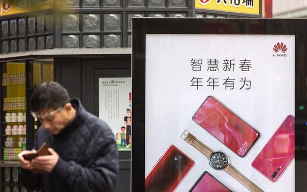 Huawei 'gọi vốn' 1 tỷ USD sau khi bị Mỹ 'cấm cửa'