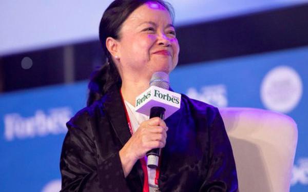 """Chủ tịch REE Nguyễn Thị Mai Thanh: Rất hâm mộ những lãnh đạo trẻ tuổi, luôn tự thấy cũ kỹ và trăn trở: """"Hãy làm gì mới đi chứ!"""""""