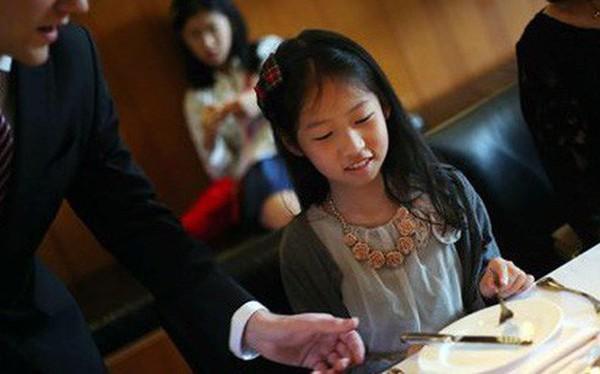 Giới siêu giàu Trung Quốc bạo chi để con em 'Tây hóa'